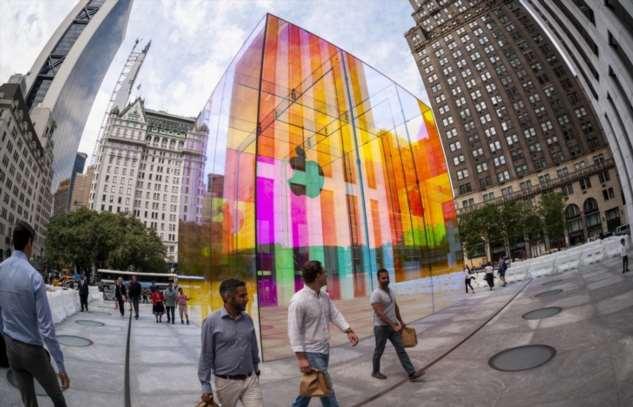10 трюков Apple, благодаря которым компании удается продавать людям вещи, которые им не по карману