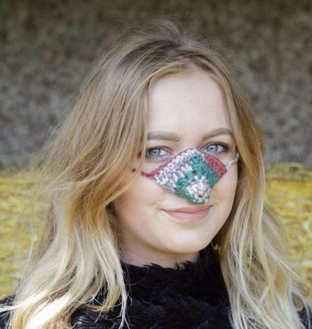 Новая мода! Шапки для носа!  Интересное