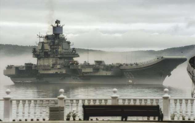 Источник в штабе Северного флота: ущерб от пожара на «Адмирале Кузнецове» мог составить ₽95 млрд  Интересное