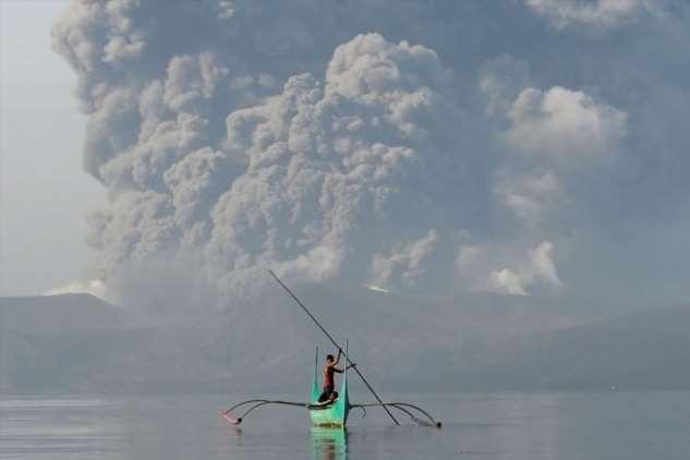 Извержение вулкана на Филиппинах: ученые предупреждают о возможном цунами