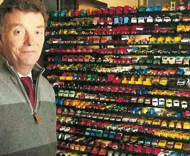 Британец пустил с молотка лучшую в мире коллекцию моделей автомобилей