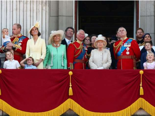 Откуда у британской королевской семьи деньги