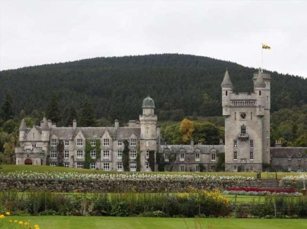 Откуда у британской королевской семьи деньги Интересное