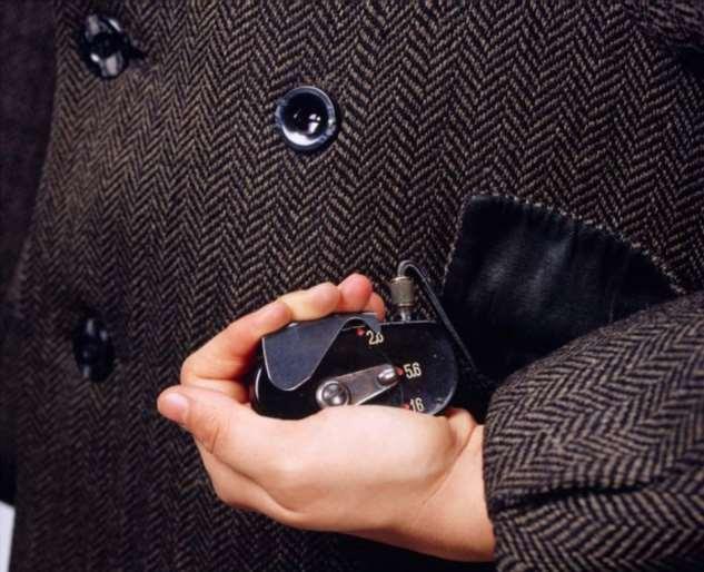 Чем мог пользоваться Джеймс Бонд: Шпионские гаджеты прошлых лет войны, информацию, мировой, передатчик, только, помощи, также, шпионского, сообщений, Богардт, Второй, очень, музее, секретных, оружие, нужно, Германии, петлице, сообщения, использовали