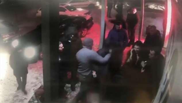 Привет из девяностых: в Бийске мужчину избили и увезли в багажнике  Интересное