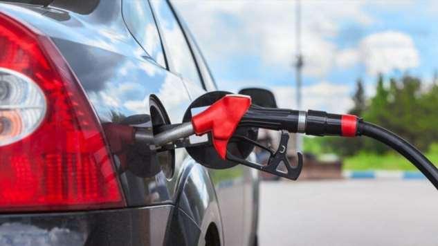 Распространенные советы по снижению расхода топлива, которые не работают  Интересное