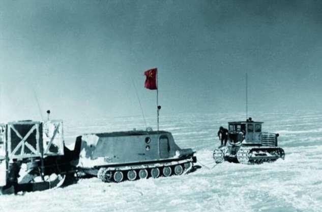 «Пингвин» дошел до Полюса недоступности. Уникальный полярный вездеход, созданный на базе БТР-50П  Интересное