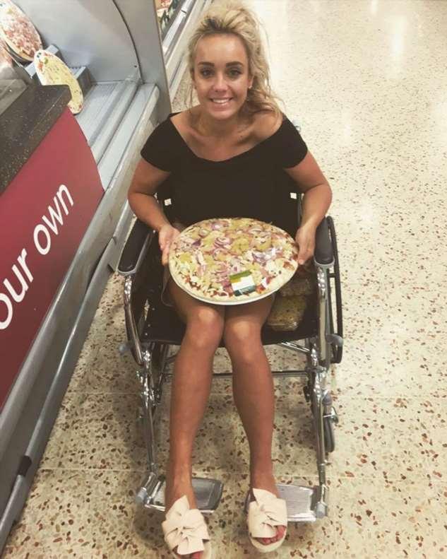 Девушка похудела на 45 кг и выиграла конкурс красоты «Мисс Великобритания 2020» Интересное