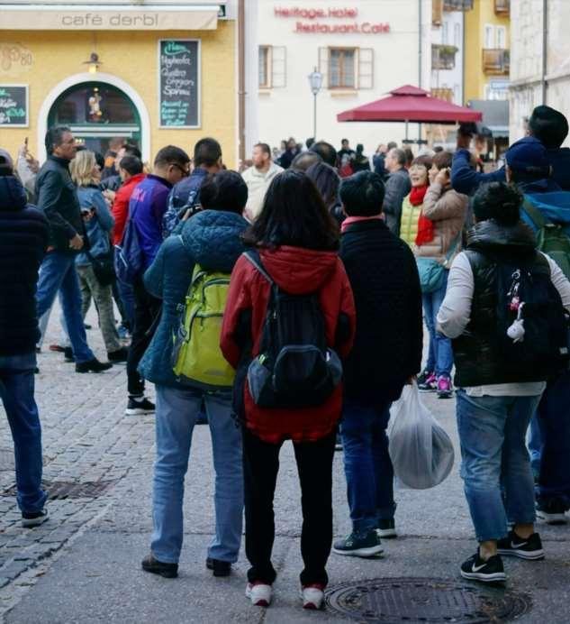 После выхода «Холодного сердца» маленькая австрийская община стала магнитом для туристов, и это ее разрушает Интересное