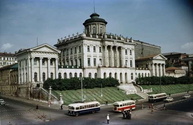 Красивые фотографии Москвы 50-х годов (31 фото) Москва, 1950х, цвете12345678910111213141516171819202122232425262728293031