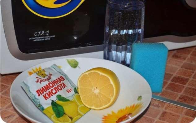 Как почистить микроволновку за пару минут: 6 простых, но гениальных способов