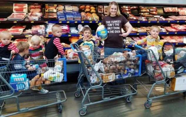 35-летняя мама 10 детей рассказала, почему не представляет жизни вне большой семьи