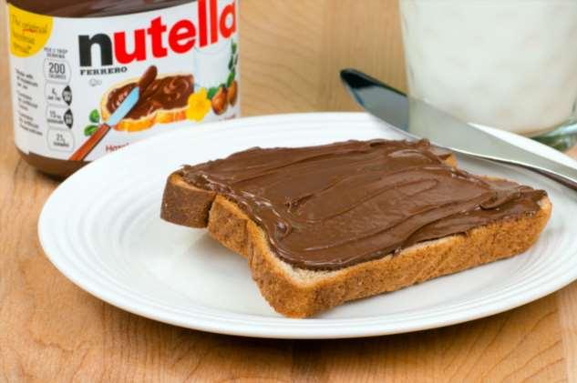 19 фактов о том, как шоколадной пасте Nutella удалось завоевать мир и стать любимым десертом миллионов людей Интересное