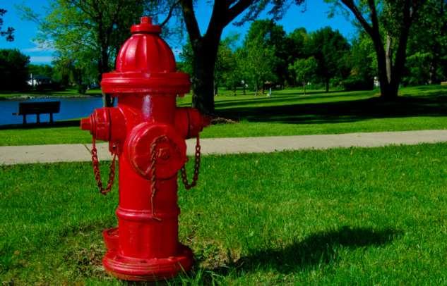 Почему в США пожарные гидранты делают разных цветов