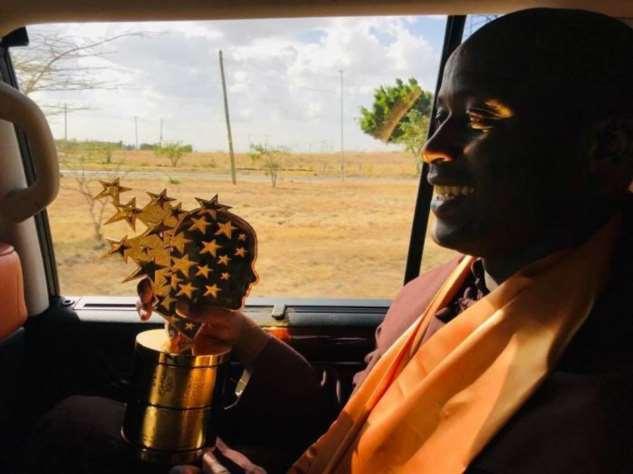 Учитель из деревни в Африке признан лучшим в мире — и получит https://chert-poberi.ru/wp-content/uploads/proga2018/images/202002/chert-poberi-57410318022020-6.jpg млн  Интересное