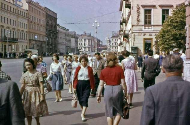 6 признаков, по которым иностранец безошибочно определял советского человека Интересное