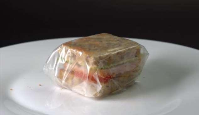 Съедобный пластик — как сделать упаковочную пленку из водорослей  Интересное