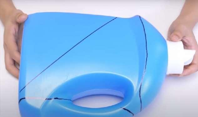 Что можно смастерить из обычной пластиковой канистры или другой тары Интересное