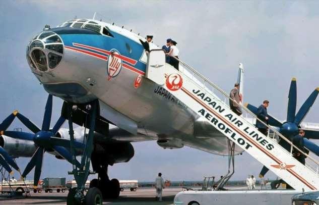 Ту-114: самый комфортный самолет СССР с отдельными купе и просторными санузлами