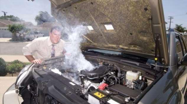 5 серьезных поломок, которые поднимают в машине уровень антифриза авто