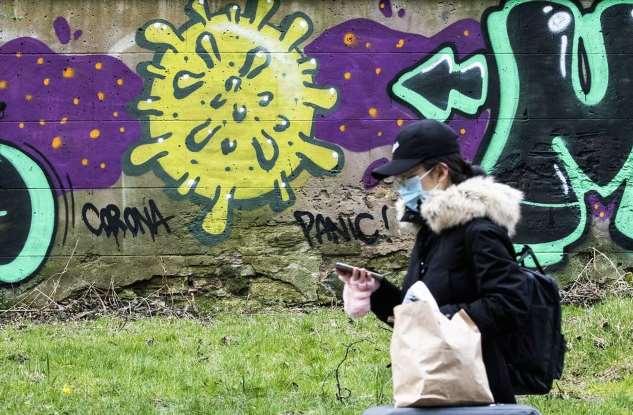 Вдохновленный коронавирусом стрит-арт Интересное